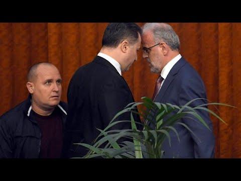 Ένταση στη βουλή λόγω των αλβανικών