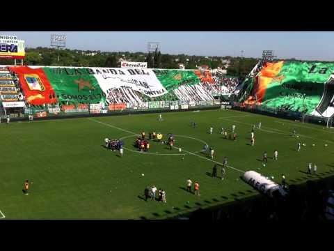 Banfield 1 Lanus 2 - Salida a la cancha - Apertura 2011 - La Banda del Sur - Banfield
