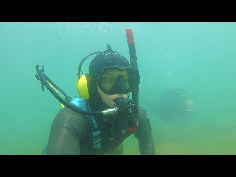 🇨🇭 FOUND RIVER TREASURE MOST UNUSUAL RELIC?, GOLD, SILVER RINGS UNDERWATER METAL DETECTING