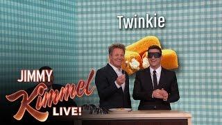 Video Gordon Ramsay Gives Jimmy Kimmel a Blind Taste Test MP3, 3GP, MP4, WEBM, AVI, FLV Mei 2019