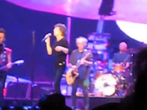 Tom Waits joins the Rolling Stones for 'Little Red Rooster'