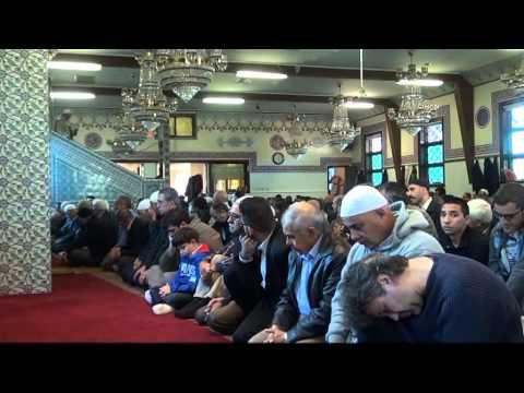 Amerika'daki Türkler Bayram Namazı Sonrası Bayramlaştı