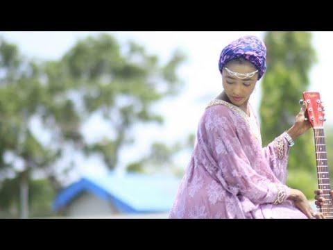 SUYA_Kalli Dr.Sambo Dan Karya Tare da Budurwarsa A Super Market 2018