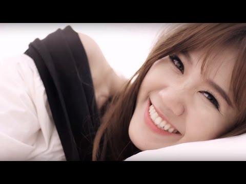 Hari Won - Anh Cứ Đi Đi (Official MV) - Thời lượng: 4:32.