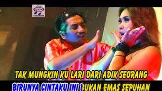 Ana Lorizta feat U'us Lawak - Memori Daun Pisang (Official Music Video)
