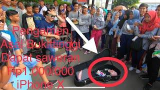 Download Video Awalnya Engga Percaya !!! Pengamen Ganteng Asal BUKITTINGGI Ini Disawer Rp1.000.000 + Iphone X MP3 3GP MP4