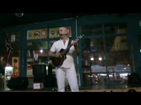 Nikola's Troubadour LIVE