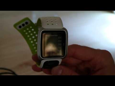 TomTom Golfer GPS Watch - Improve your handicap