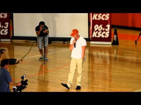 Kenny Chesney Suprises Celina High School 9/25/2010