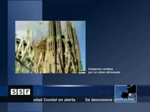 La Sagrada Familia se hunde!