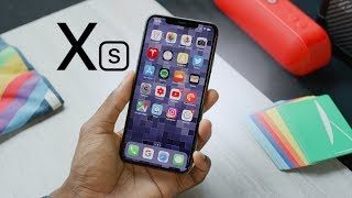 Apple iPhone Xs Review: A (S)mall Step Up!