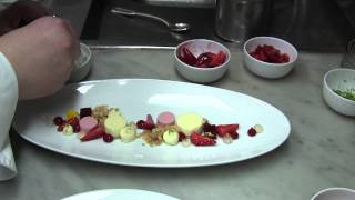 Leitner makes a dessert at 3 Michelin Bareiss