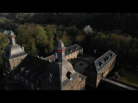 Juliet Sikora (Kittball Records) @ Schlosshotel Hugenpoet, Germany - LAUTE WIESE [RECD.]