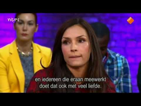 Famke Janssen - College tour 2014