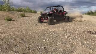 4. 2017 Polaris Rzr xp 1000 4 seater jumping