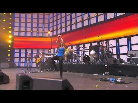 Shakira - Hips Dont Lie - Live Earth 2007