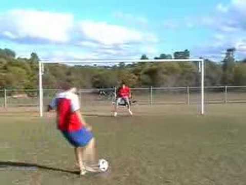 年紀才11歲的天才守門員,連巴西隊都無法射進球門!