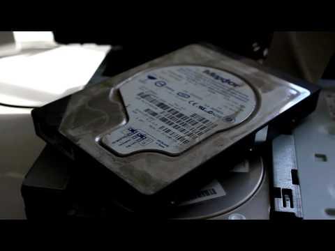 Hear a Failed 40 GB Maxtor Hard Drive