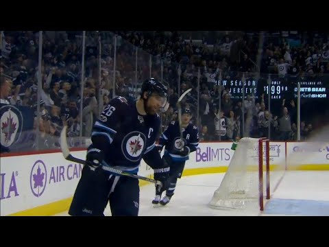 Video: Wheeler opts for no celebration after getting lucky for Jets' seventh goal