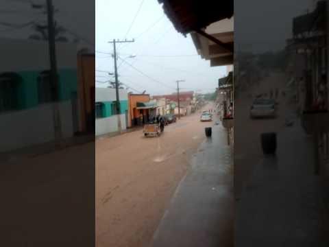 Chuva em Machacalis depois de meses