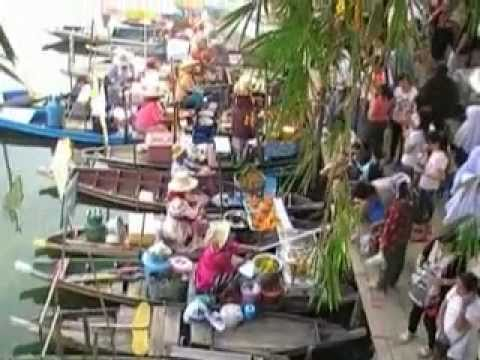 Hatyai Thailand Floating Market Saturday 25 June 2011