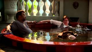 Hot Tub Time Machine 2 | Clip: Into the Tub | Paramount Pictures International