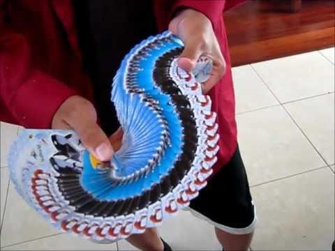 瞬間把撲克牌展開成一條龍,你辦的到嗎?