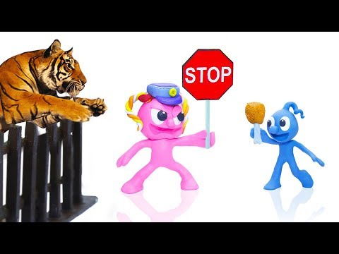 CLAY MIXER POLICE STOPS FERAL WILD TIGER  Play Doh Cartoons For Kids
