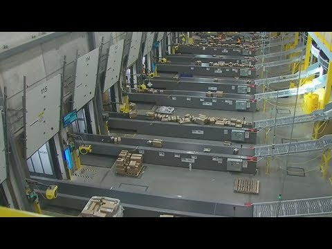 Behind the scenes: CTV tours Amazon's warehouse