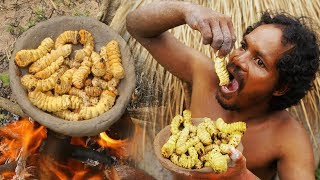 Video Primitive Skills - A Forest Man Find Big Worms And Cooked - Cooking Worms Natural Food MP3, 3GP, MP4, WEBM, AVI, FLV Januari 2019