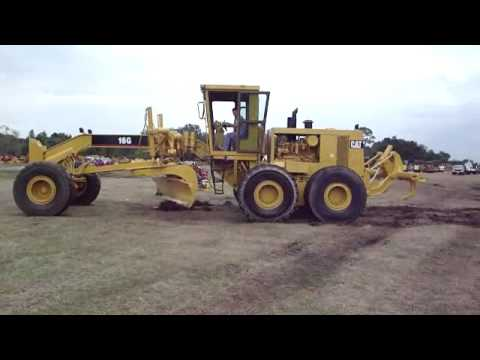 Motor Graders with GPS Machine Control Video Image