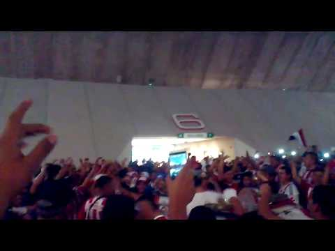 No se compara, nadie con la hinchada del guadalajara.  Chivas 1-1  xolos 2016 - La Irreverente - Chivas Guadalajara - México - América del Norte