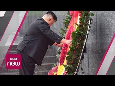 Khoảnh khắc ông Kim Jong-un tự tay chỉnh vòng hoa Đài tưởng niệm Bắc Sơn - Thời lượng: 1:19.