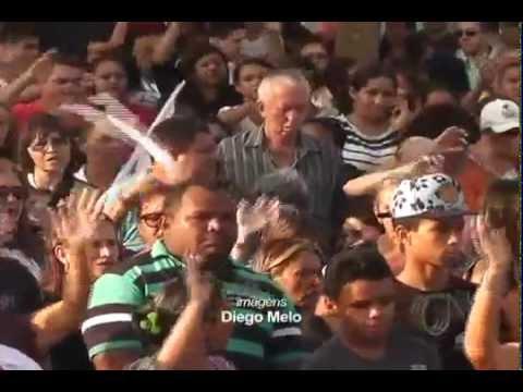 Procissão de São Francisco atrai milhares de fiéis em Parnaíba