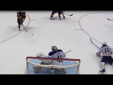Video: Lehner flashes leather, absolutely robs Hagelin
