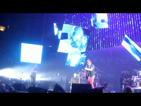 Radiohead - 'Skirting On The Surface' (New Song Live)