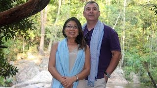 Khmer Travel - Wife of US Ambassador Aims