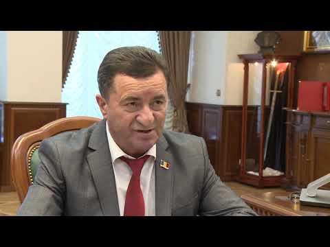 Игорь Додон провел встречу с депутатом Парламента РМ Кириллом Татарлы