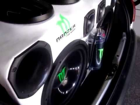 Peugeot 206 MONSTER by  NANZER Car Audio