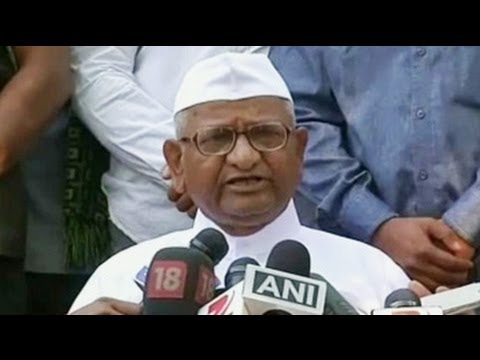 Delhi polls: Anna Hazare happy with Aam Aadmi Party's performance