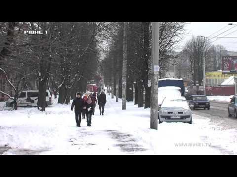Шляховики Рівненщини розчищають дороги до храмів [ВІДЕО]