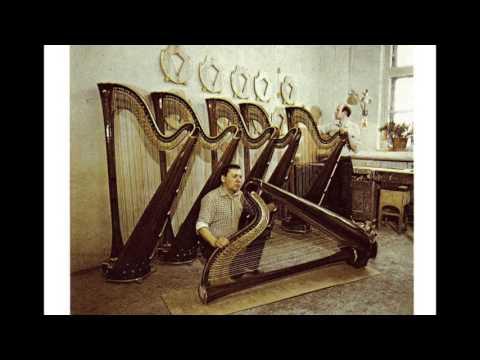 Почему мужики не могут играть на арфе?