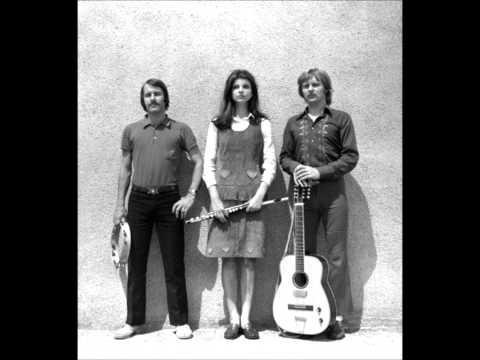 Tekst piosenki Dwa plus jeden - Komu w oczach słońce po polsku