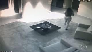 homem-asfixia-namorada-ate-a-morte-apos-receber-video-porno-no-celular