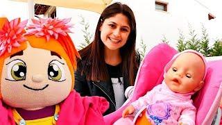 Video Ayşe bebek Gül ile parka gidiyor MP3, 3GP, MP4, WEBM, AVI, FLV Desember 2017