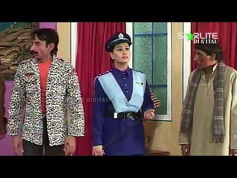 Video Sohni Kurri Te Pagal Munday Nargis and Iftikhar Thakur New Pakistani Stage Drama Full Comedy Play download in MP3, 3GP, MP4, WEBM, AVI, FLV January 2017