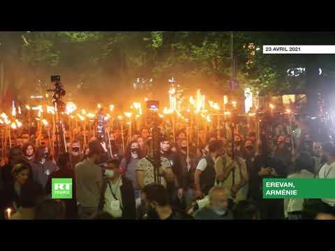 Erevan : des milliers de personnes commémorent les victimes du génocide arménien
