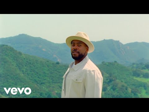Jodie Abacus - She's In Love With The Weekend (Official Video)