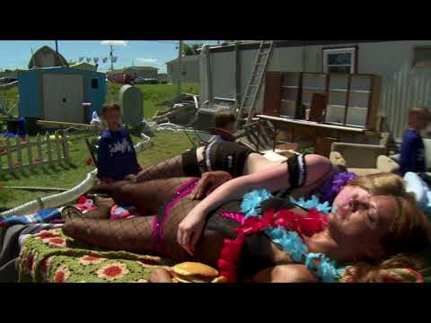 1 second of every episode of Trailer Park Boys