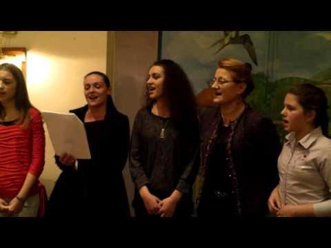 ''Lepo peva za gorom devojka'' u izvođenju grupe ''UNA'' iz Barajeva